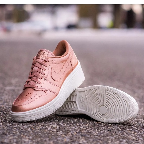 8f63b070a44d Jordan 1 low lifted women s 7 rose gold new. M 5af1e93db7f72bdc75384657